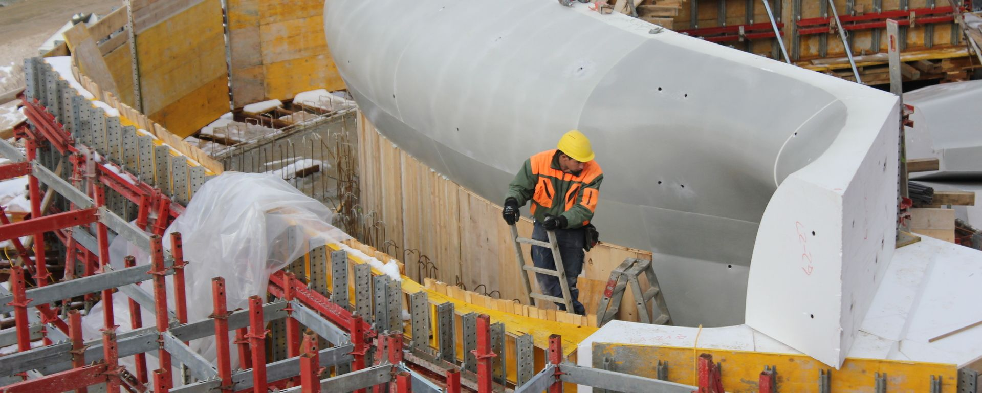 The Pros and Cons of Formwork in Concrete Construction